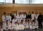 Gruppenfoto mit den Mitgliedern des Young San Uni Teams